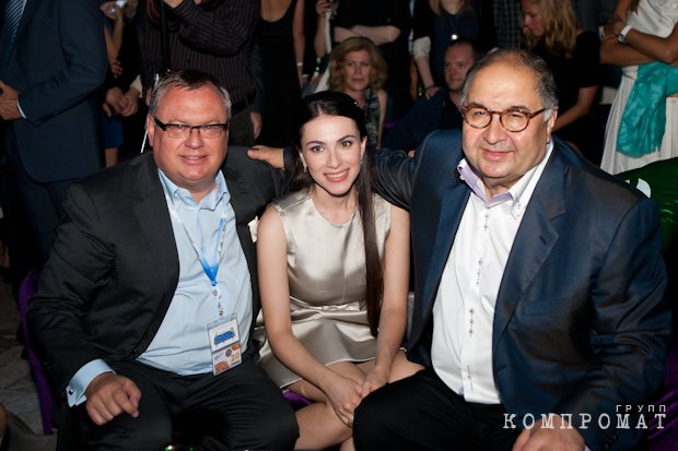 Глава Банка ВТБ Андрей Костин и Наиля Аскер-заде