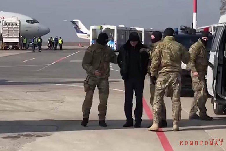 Абдусамада Гамидова конвоируют в Москву