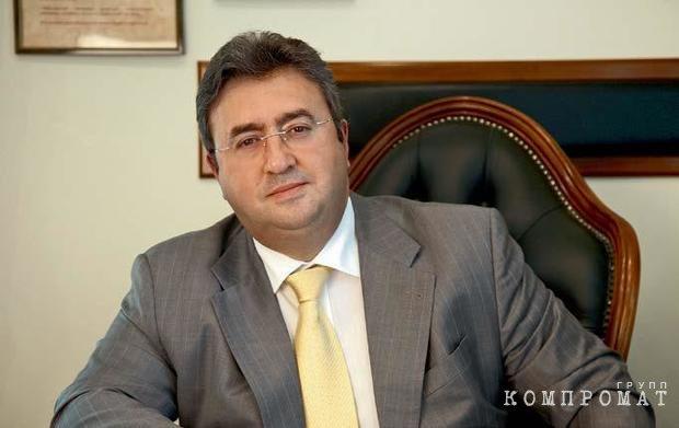Петр Чичипаховян