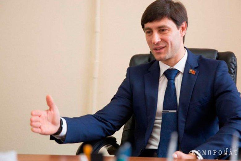 Алексей Синицын, отказавшийся от должности в пользу Амана Тулеева
