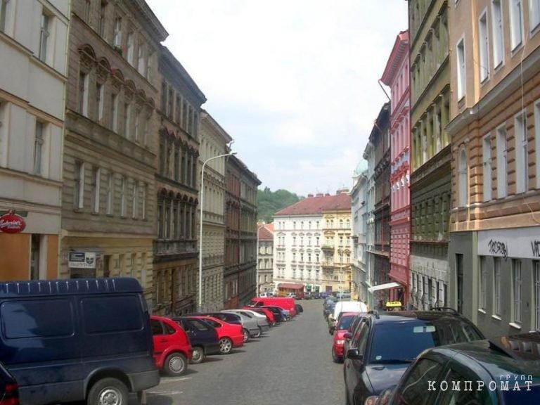 Челябинский депутат-единоросс «патриотично» спрятал дорогую недвижимость в Чехии