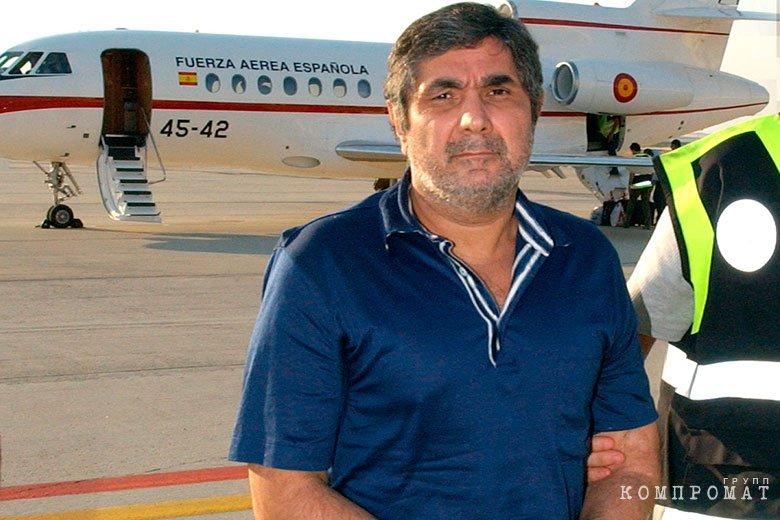 Депортация из Испании Шакро Молодого