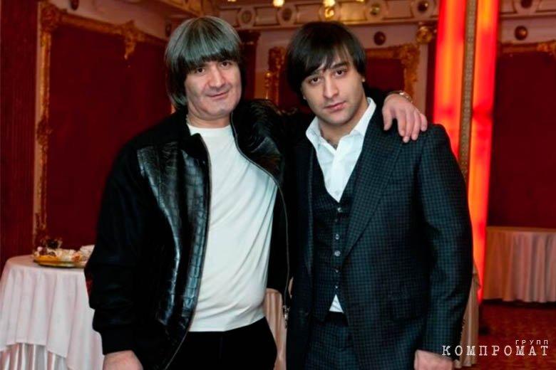 Эдуард Асатрян с сыном
