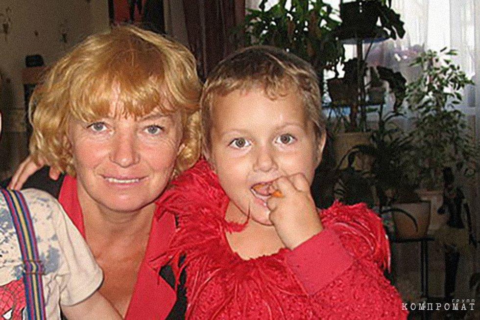 Марина Мищенко с внучкой Мариной Негребой