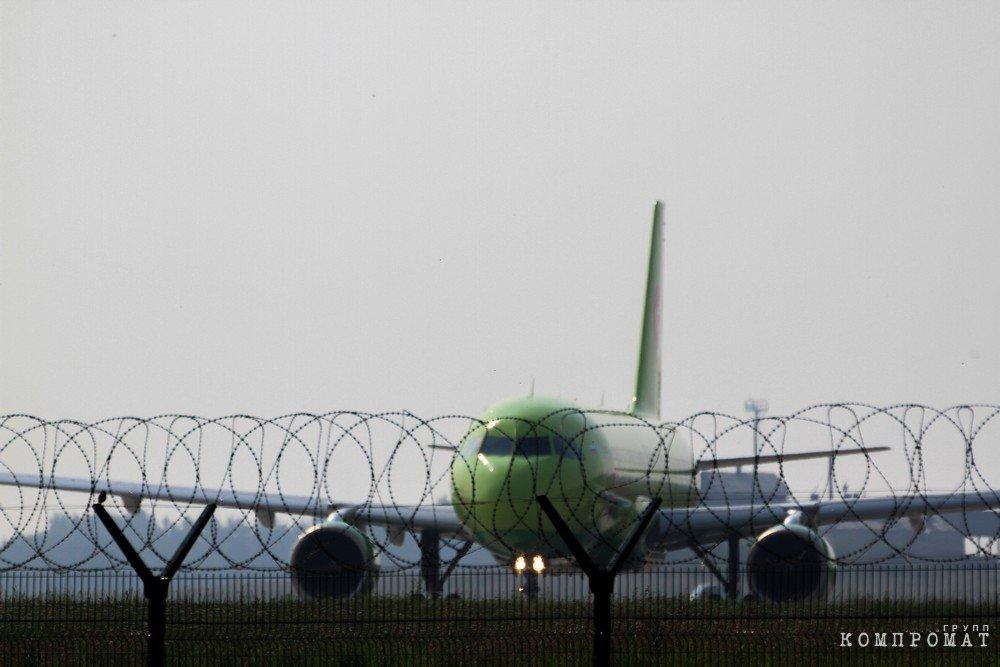 Сергею Левченко грозит отставка из-за «заговора» по аэропорту