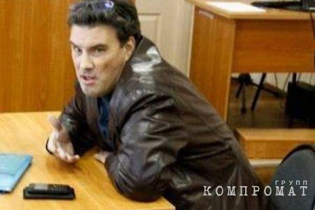«Чёрный адвокат» Олег Зайцев даже внешне похож на своих подопечных