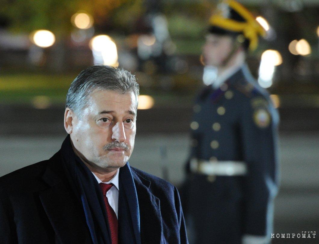 Экс-президент Чечни Алу Алханов