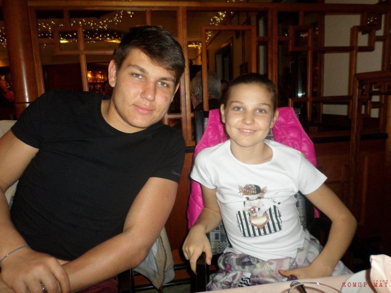 Николай и Мария Ремезковы