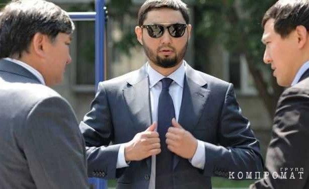 Сексоголик Кенес Ракишев
