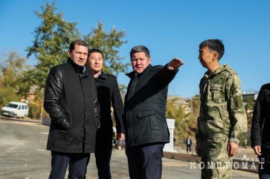Игорь Шутенков еще что-то проверяет