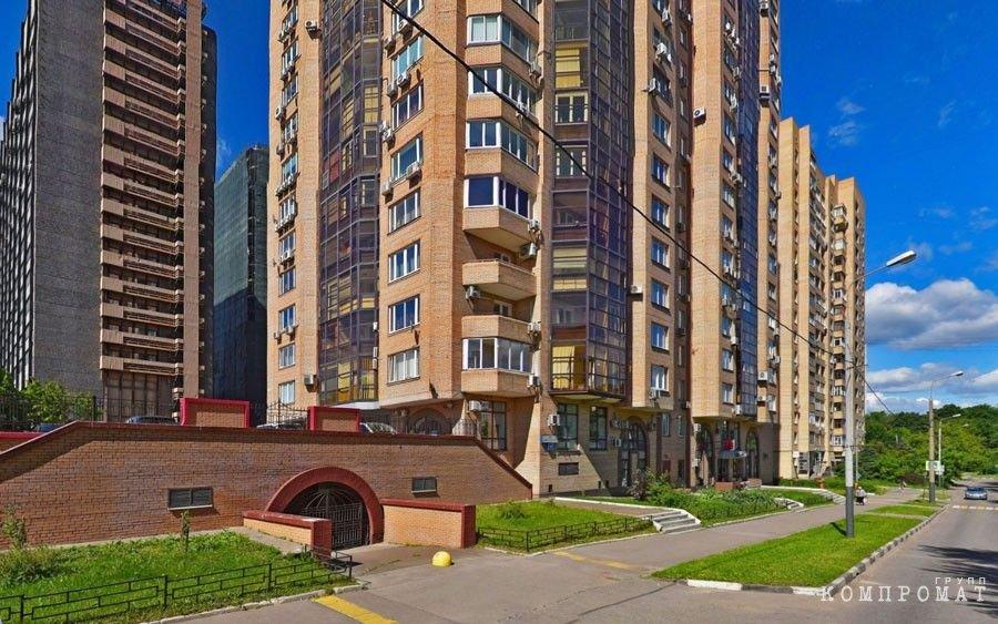 Многоэтажка на ул. Зелинского д. 6 в Москве
