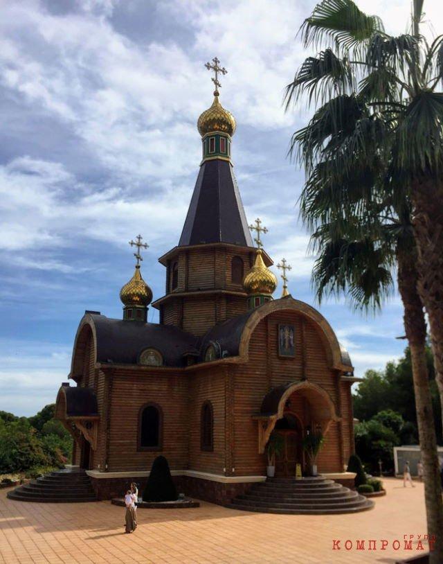 Храм Святого Архангела Михаила в г. Альтеа