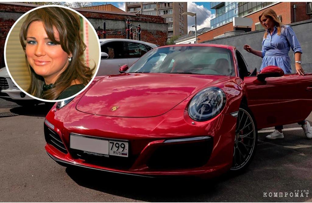 Porshe - любимые автомобили не только Михаила ХАБАРОВА и его жены, но и любовницы «Мисс финансового мира-2006» Елены ТЮРИНОЙ
