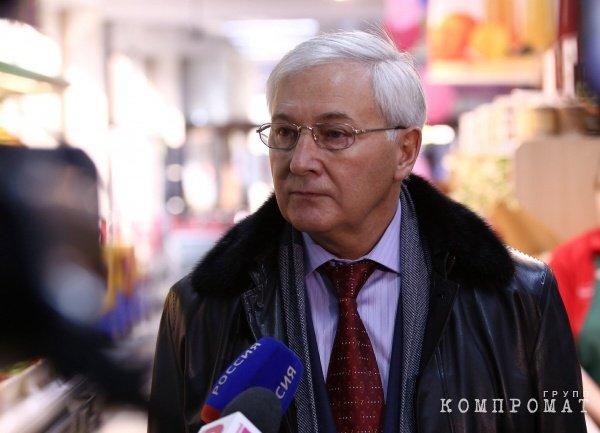 В спикеры южноуральского Заксобрания рвётся виртуоз мошеннических схем Юрий Карликанов