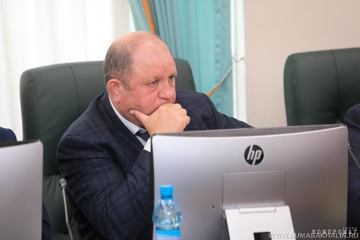 Самый богатый депутат России и крабовый король: кто такой Дмитрий Пашов, бизнес которого пытается купить Собчак