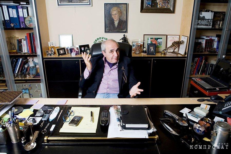 Гламурный юрист. Адвокат Добровинский задолжал партнёрам миллионы долларов