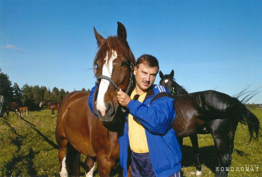 Депутат Сергей Веремеенко развивает коневодство в Тверской области