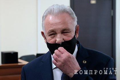 Бывший хабаровский губернатор Ишаев получил условный срок