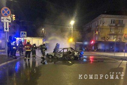 Россиянин заживо сгорел в машине после попытки водителя сбежать от полиции