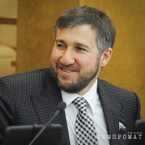 Депутат Григорий Аникеев