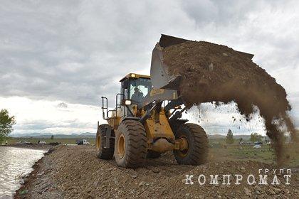 При строительстве дамбы в российском городе пропали 158 миллионов рублей