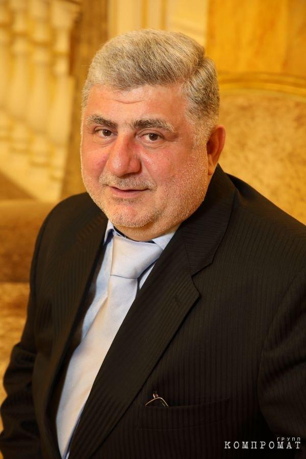 Аркадий Григорян