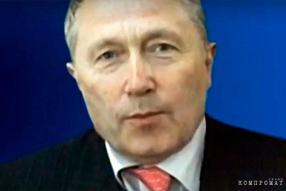 Олег Бурлаков. Кадр из видео YouTube