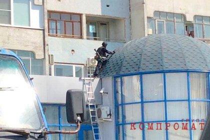 Угрожавшего взорвать гранату в жилом доме россиянина задержали