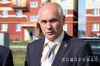 Выписывавший себе премии российский мэр получил условный срок