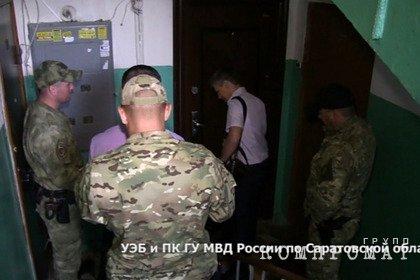 Полиция задержала сотрудников российской колонии