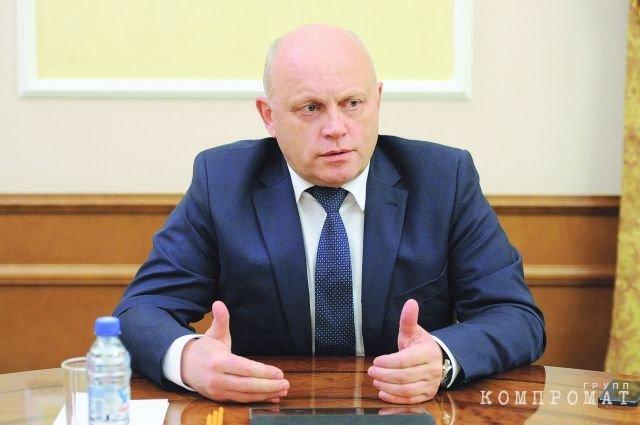 Экс-губернатор Виктор Назаров мог знать о хищениях?